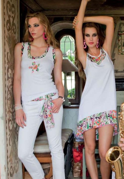 Трикотажная блуза Monella 5067